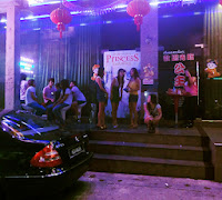 Thailand nightlife with Malaysian at Sadao