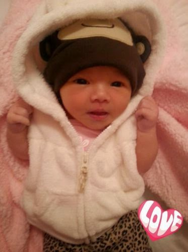 Tila Tequila Isabella after baby bath