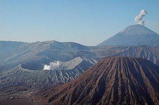 Mount Semeru Trekking Tour Bromo Volcano Package