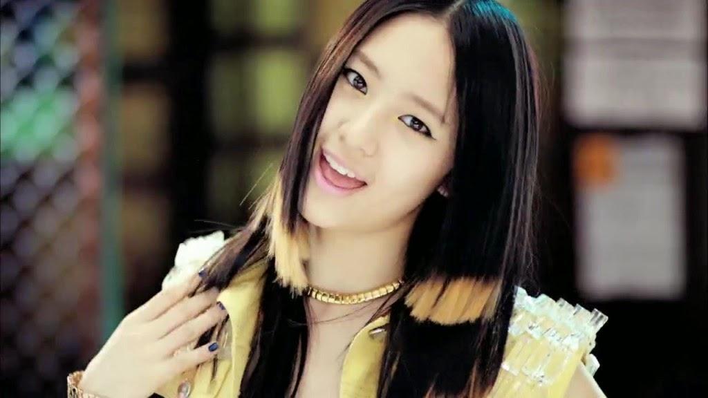 Foto Model Rambut Panjang Indah