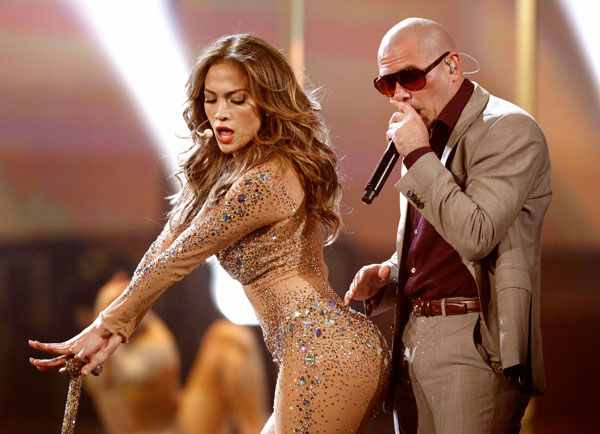 Jennifer Lopez Sparkled On Stage At The American Music Awards With