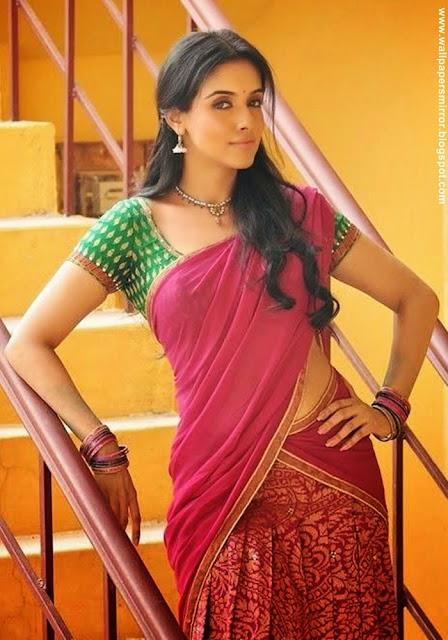 Top 10 south indian actresses hot saree stills