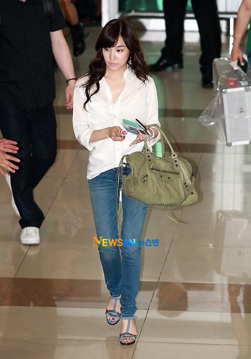My K-Pop Database: 110712 SNSD Airport Fashion
