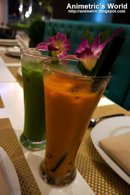 Thai Pearl Milk Tea and Thai Green Tea at Thai Bistro