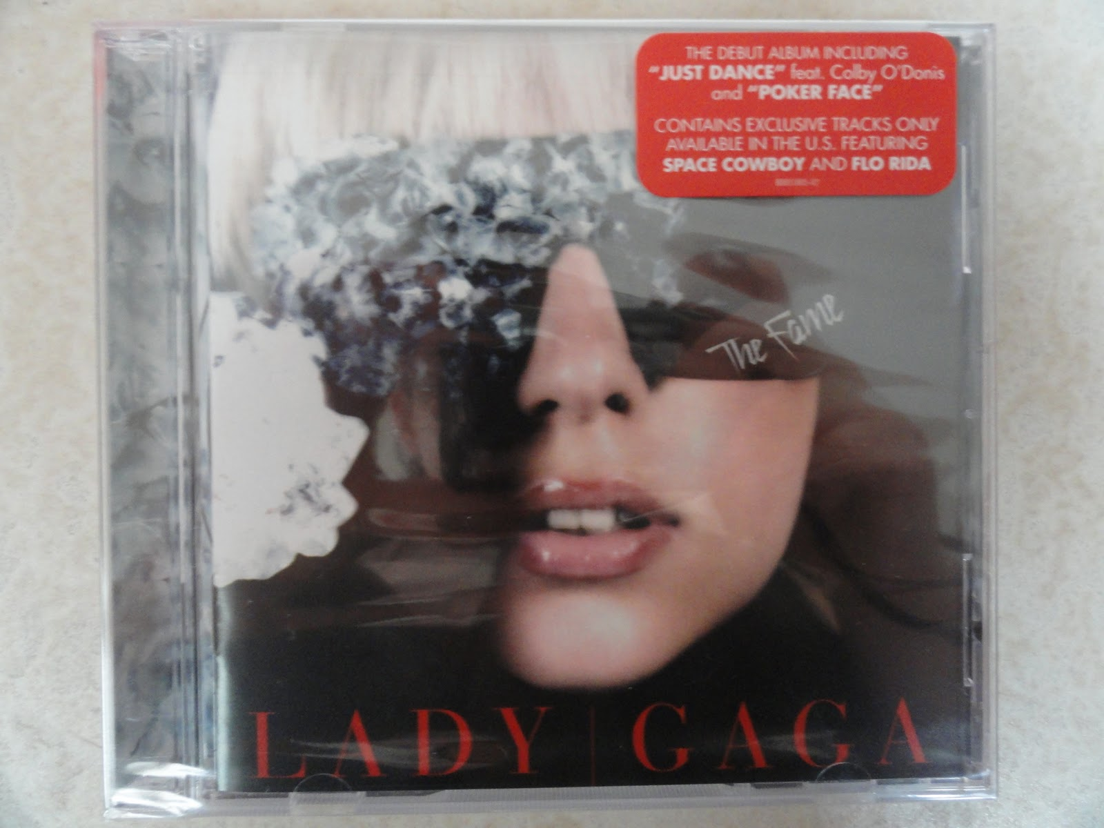 The Fame US edition. 14 TRACKS
