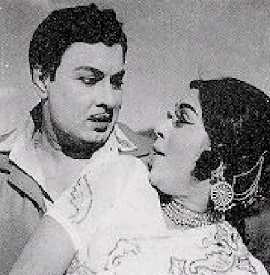 MGR & Saroja Devi in 'Anbe Vaa' Movie