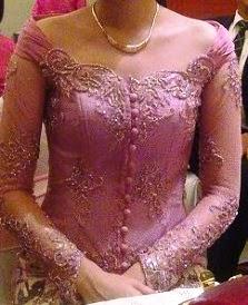 Model Kebaya Modern Wanita Gemuk 2015