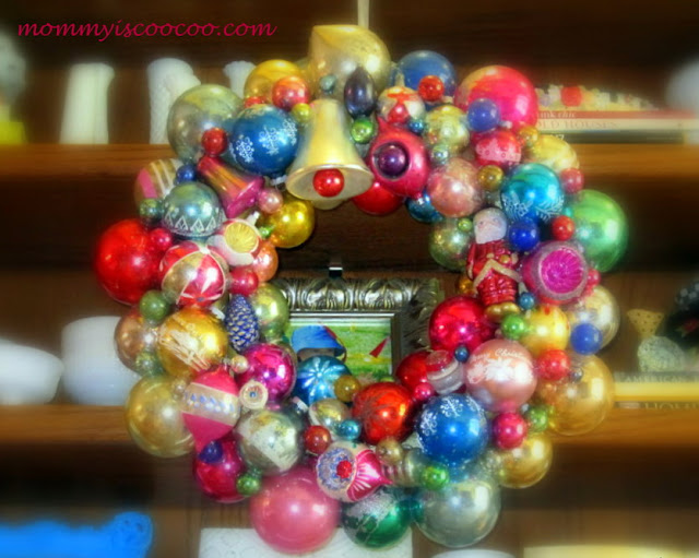 vintage christmas ornament wreath from mommy is coocoo