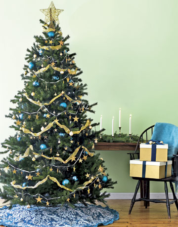 gold christmas tree decorating ideas - Blue And Gold Christmas Tree