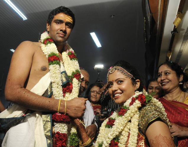 R Ashwin And His Wife Indian Cricketer Ravic...
