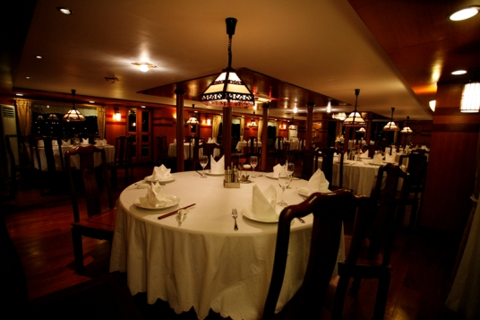Romantic Dinner - Emotion Cruise