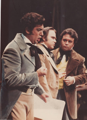 """Plácido Domingo, Antonio Blancas y Julian Molina en el Teatro de la Zarzuela de Madrid, cantando """"EL POETA"""" del Maestro Moreno Torroba."""