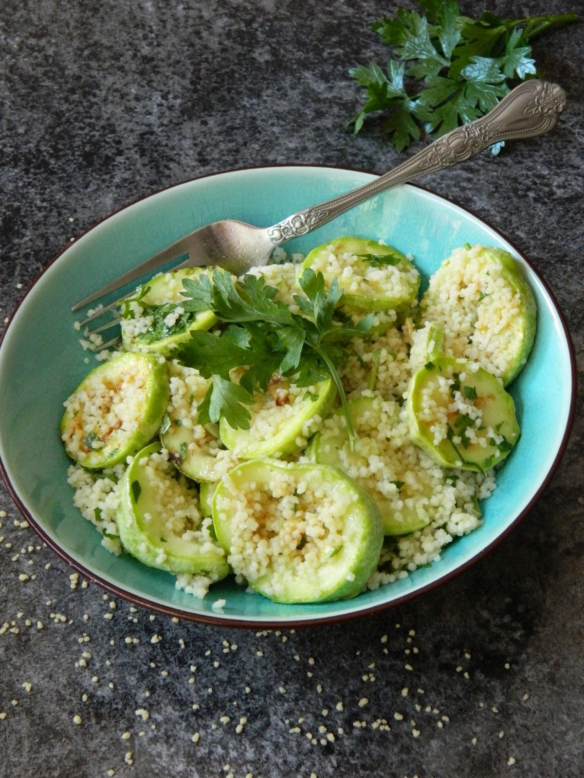 Salata de cuscus cu dovlecei