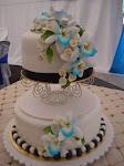 2-tiers fondant cakes