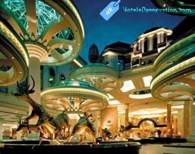 Online Hotels Reservation