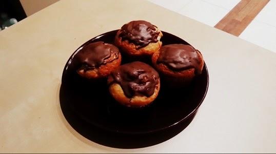 http://www.brulionspadochroniarza.pl/2014/11/muffinki-z-mandarynkami.html