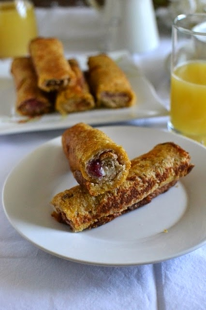 Eggless Stuffed French Toast Roll Ups