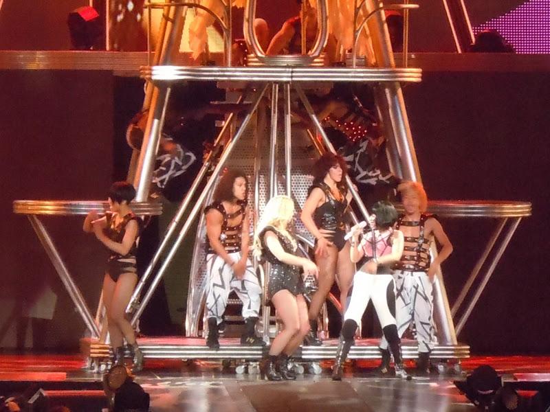 Britney Spears Nicki Minaj Femme Fatale show