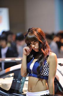 Park Si yeon Korean Actress In 2009 Seoul Motor Show 5