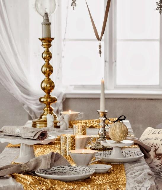 Decoraci n f cil decoracion de la mesa para fin de a o for Mesa de fin de ano