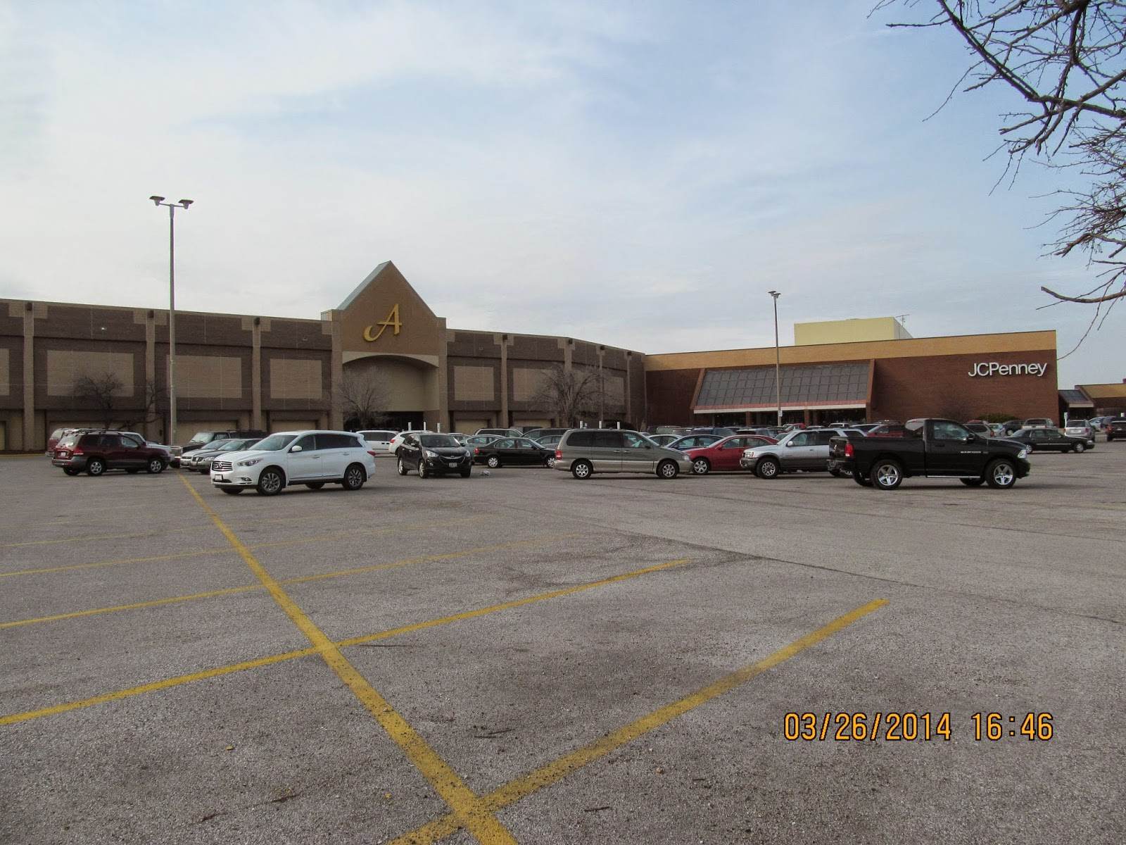 Former Sears Store, Was A Furniture Store, Now Closed