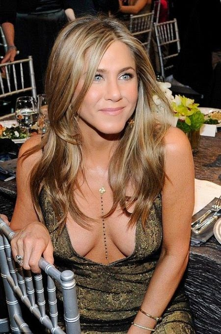 Always incredible! Jennifer Aniston showed off her cute expression of face after loosing her award on the best actress nomination at SAG Awards at Los Angeles, USA on Sunday, January 25, 2015.