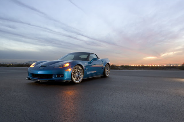 2013 Chevrolet Corvette ZR1 Review & Images