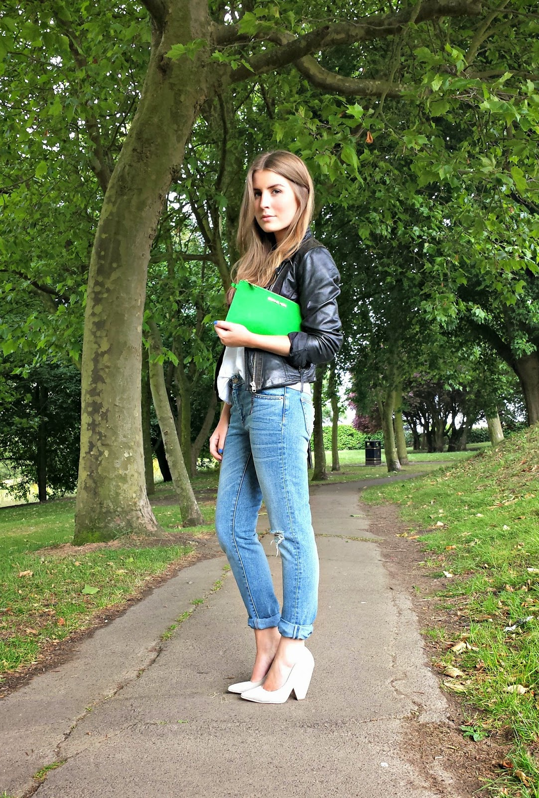 Style Trunk  Outfit Girlfriend Jeans And Leather Jacket