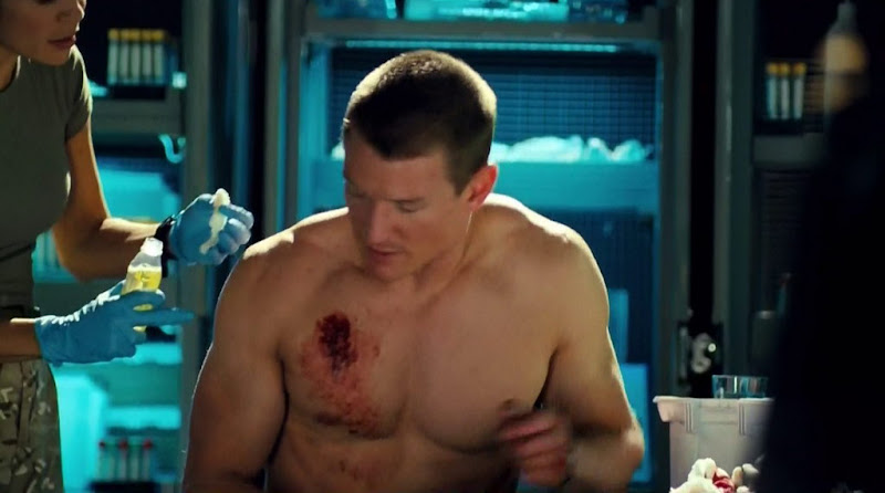 Philip Winchester Shirtless in Strike Back s3e06