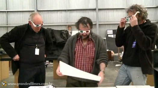 Alan Lee, John Howe e Peter Jackson analisam storyboard em 3D