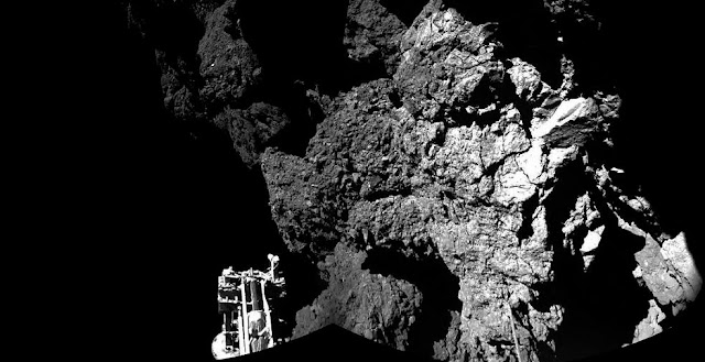 The surface of Comet 67P/Churyumov-Gerasimenko seen by Philae after the landing. Credit: ESA/Rosetta/Philae/CIVA