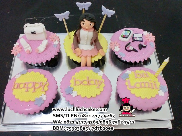 Cupcake Tema Fashion Daerah Surabaya - Sidoarjo (REPEAT ORDER)