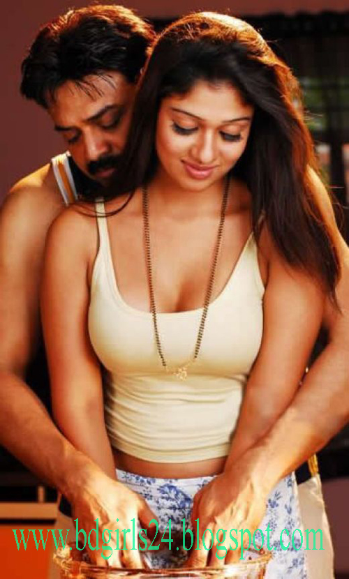 Nayanthara Sex Photos http://bdgirls24.blogspot.com/2011/07/indian-hot-actress-nayanthara-sex.html