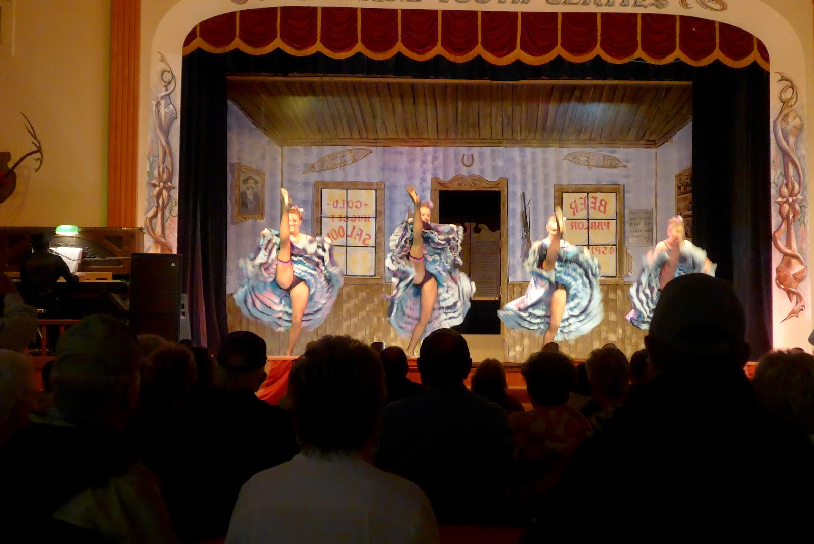 Girls Dancing At Diamond Tooth Gerties