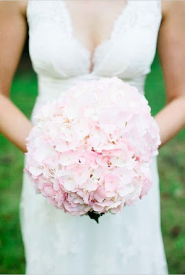Bukiety ślubne z hortensji