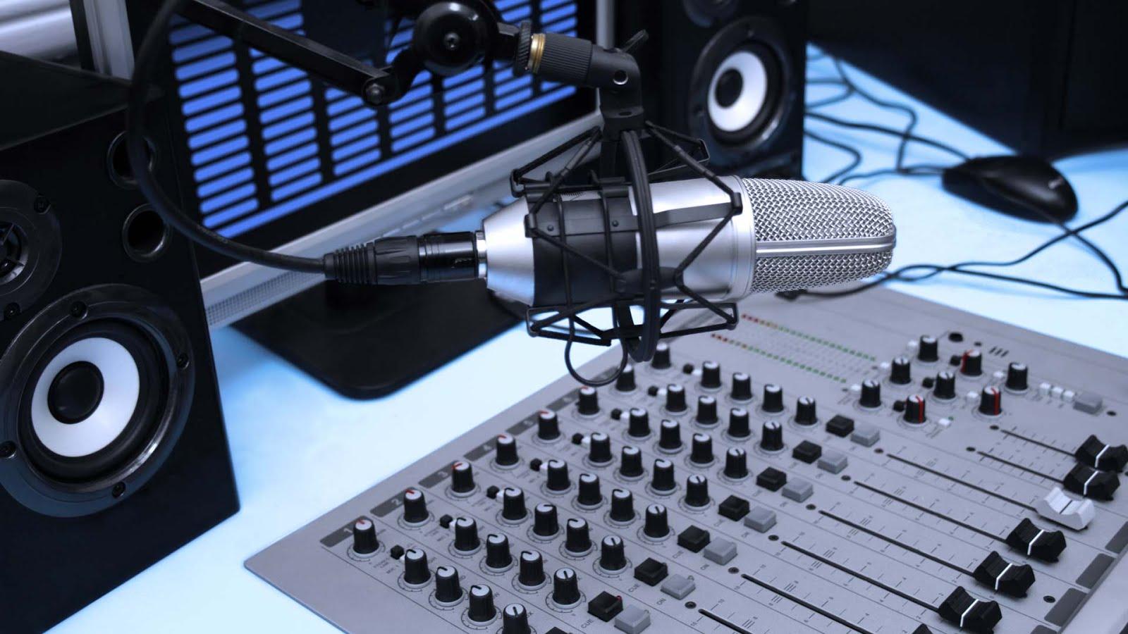 AFANATEL RADIO