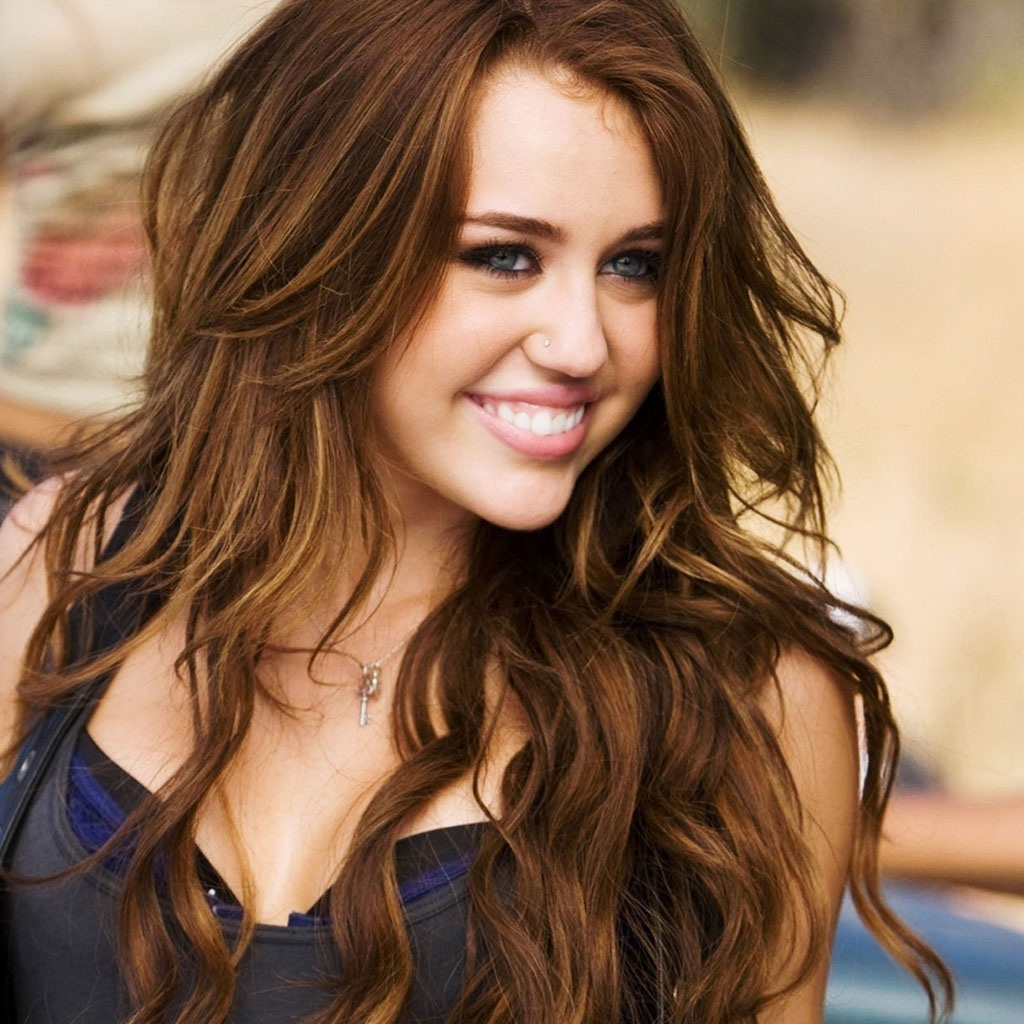 Destiny hope cyrus biography american songwriter note magazines