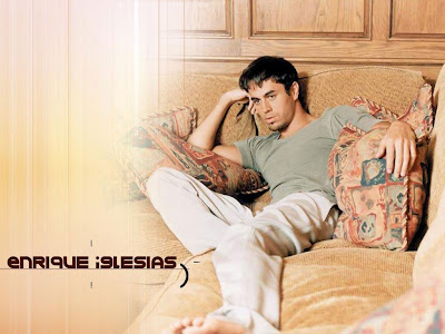 Enrique Iglesias Wallpapers 2011