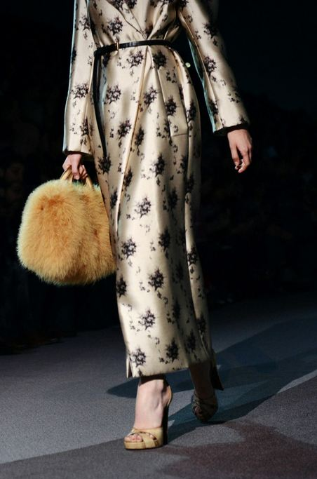 Louis Vuitton Fall 2013 runway show