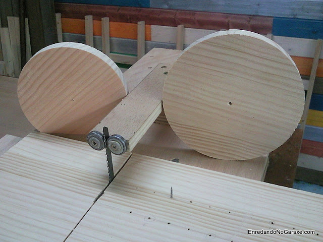 Guía para cortar círculos de madera. www.enredandonogaraxe.com
