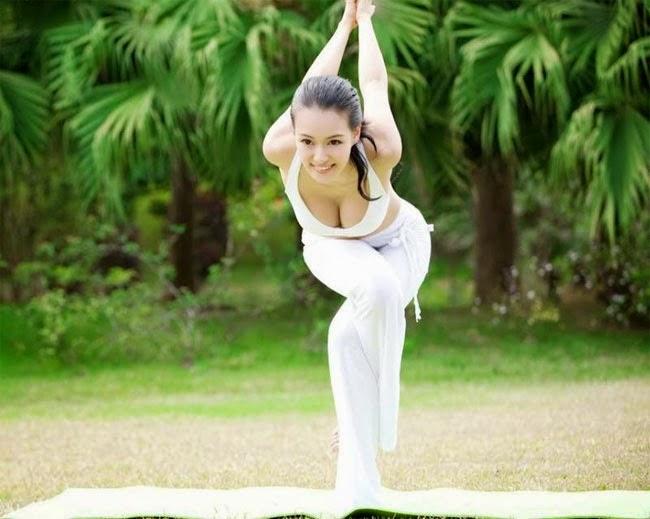 """""""Nữ hoàng yoga"""" châu Á"""