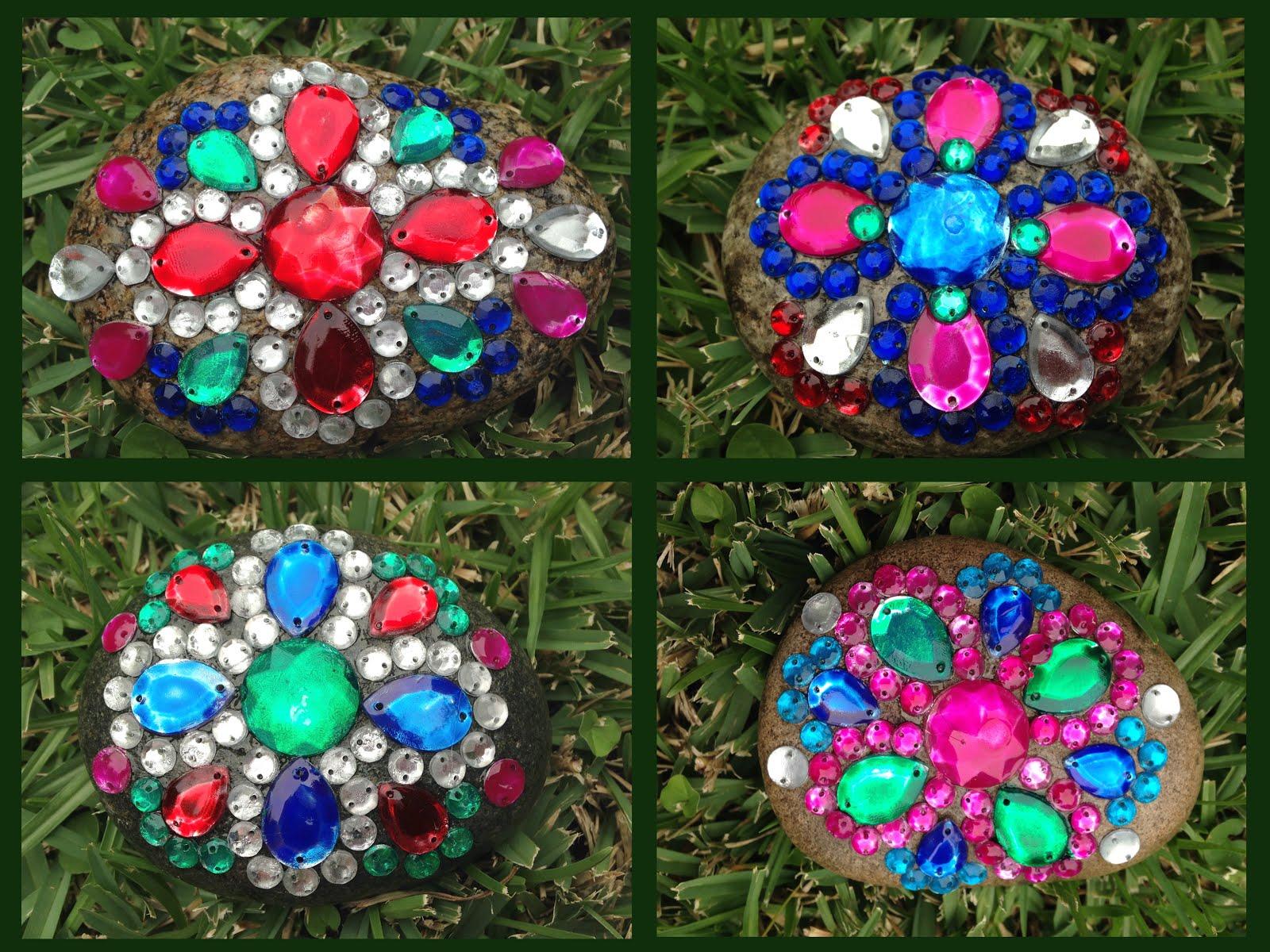 Disfruta creando piedras decoradas con brillo for Plantas decoradas con piedras