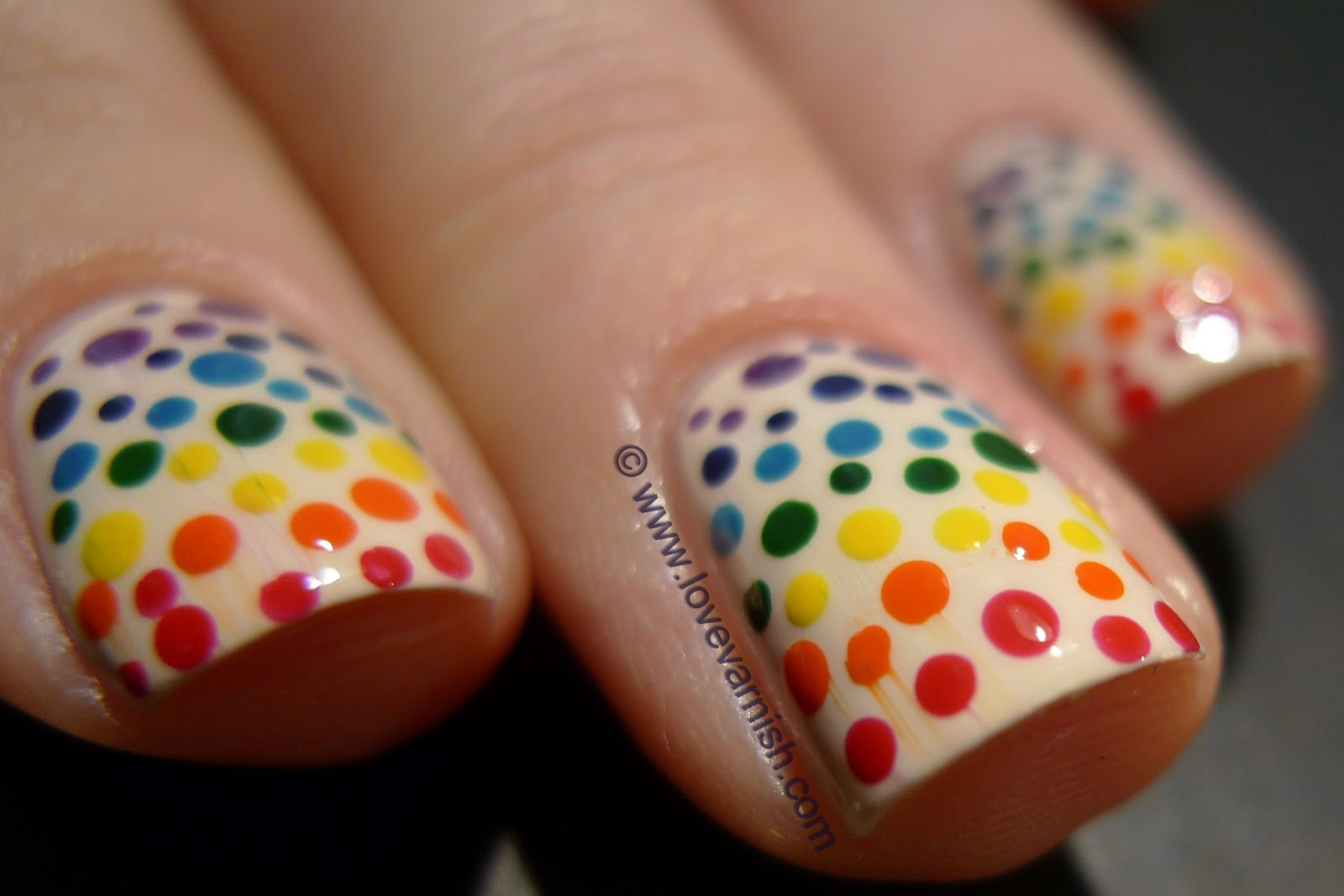 Love Varnish: 31 Day Nail Art Challenge - Rainbow nails!