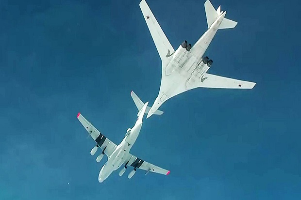 Jet Tempur Rusia Serang ISIS