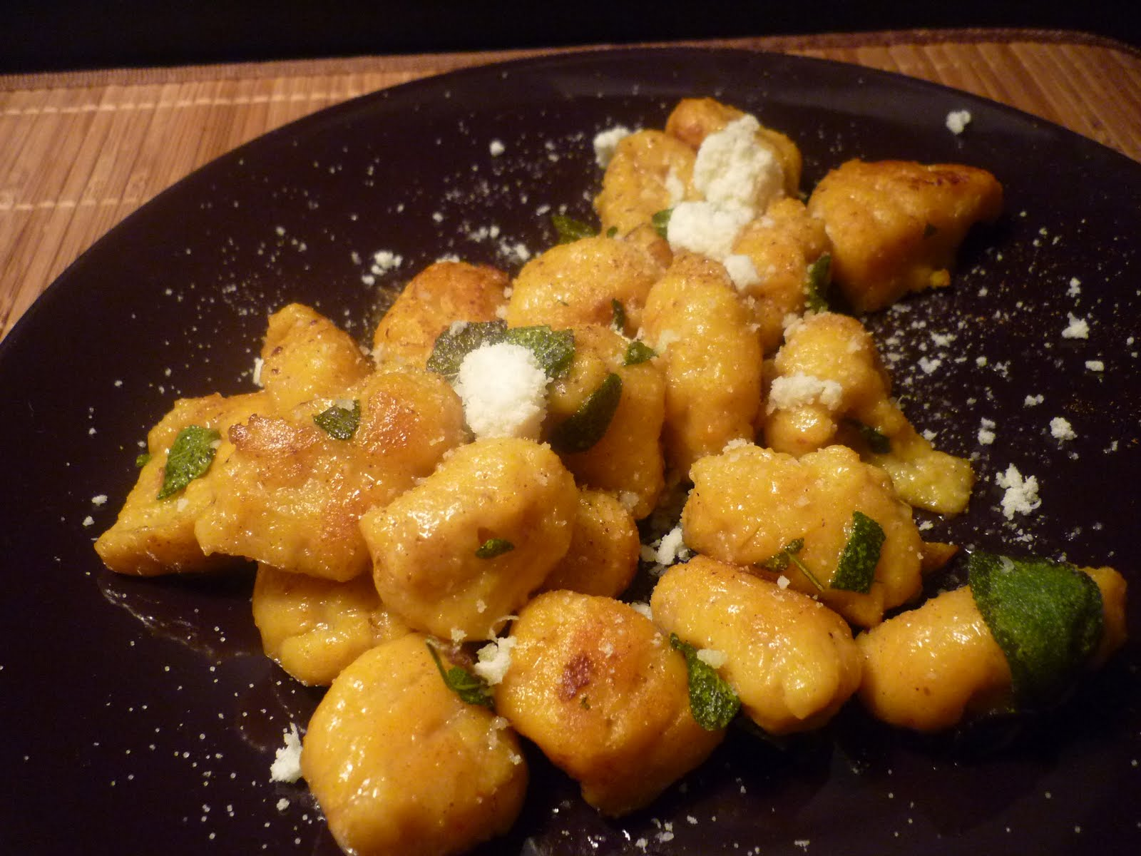 Gnocchi In A Gorgonzola Sauce Topped With Fried Mushrooms Pictures