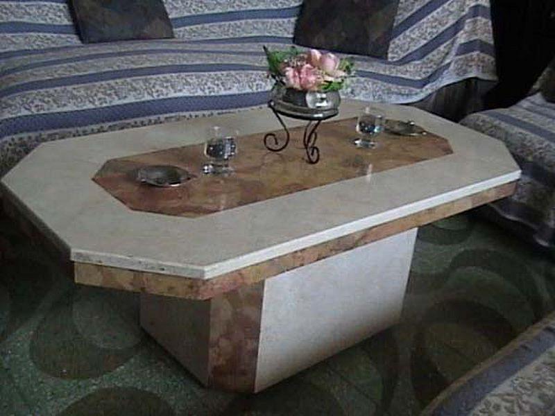 Vael marmoles granitos y marmoles mesas en marmol y granito for Granito vs marmol