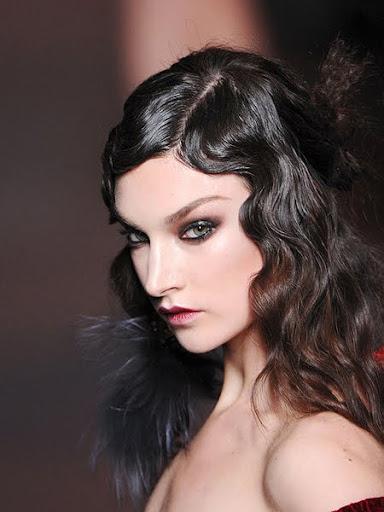 прическа за специален повод полуспусната коса
