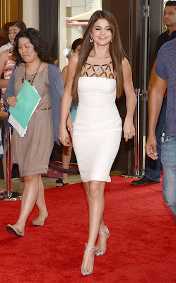 Selena Gomez Hot White Dress at Hotel Transylvania - Beautiful Female Photos