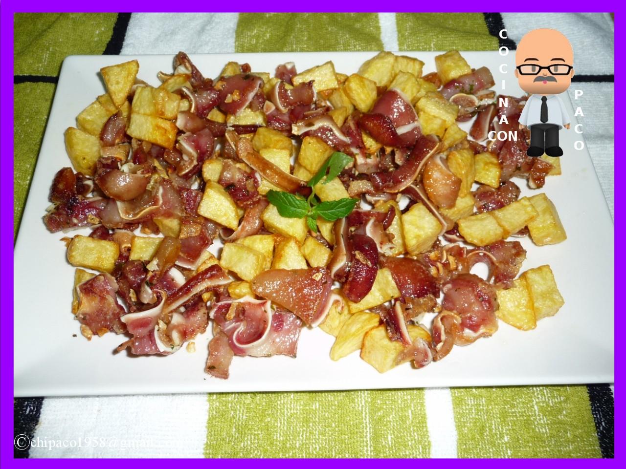 Oreja De Cerdo A La Plancha Con Patatas