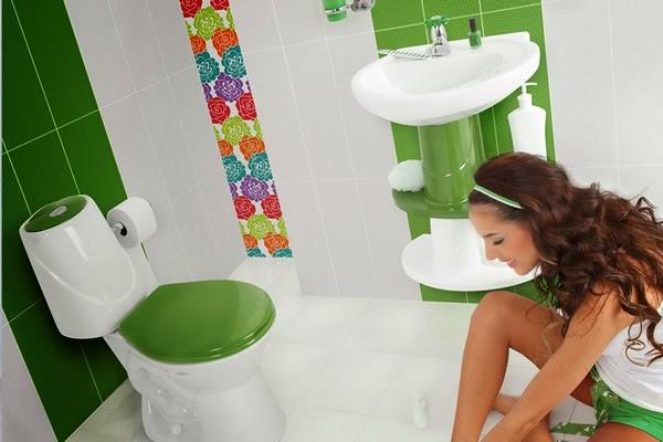 Decora hogar 15 fotos de ba os peque os decorados v deo for Como remodelar un bano muy pequeno